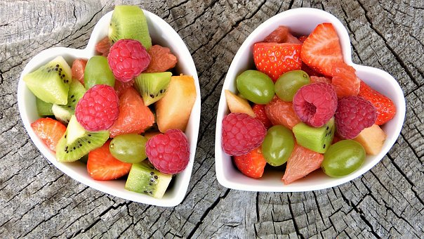 eat fruit and vegetables bowls with fruit